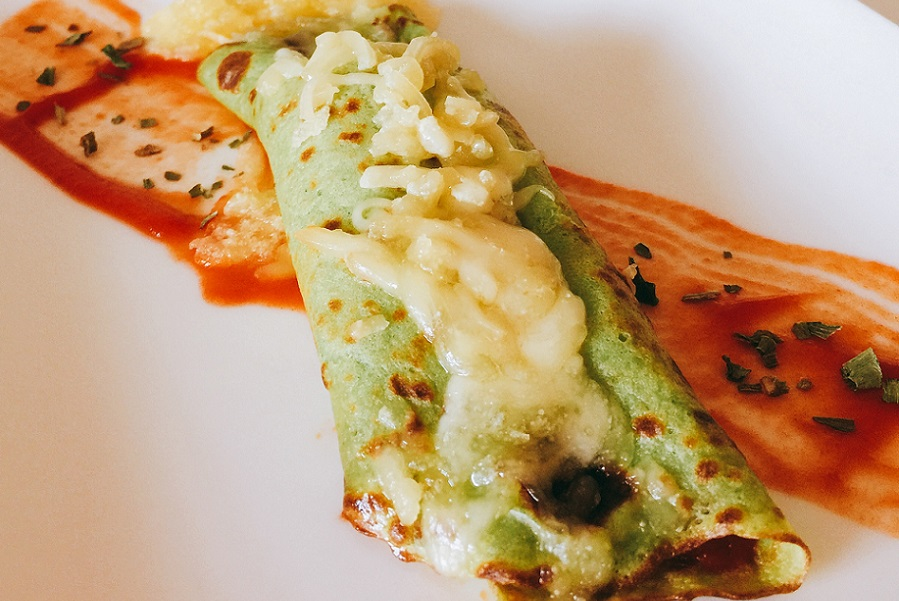 Brócoli creps con pollo y sobrasada