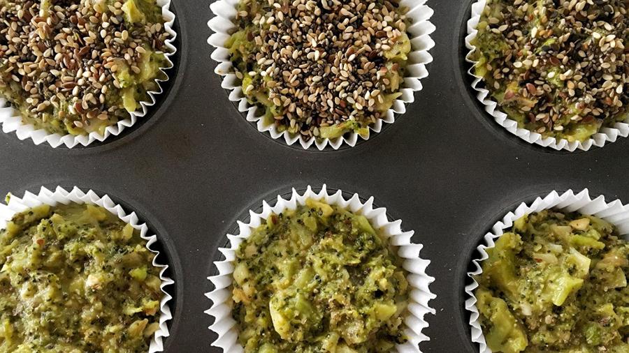 Muffins de brocoli y queso fresco