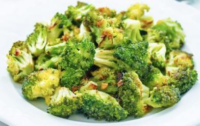 Brócoli asado con limón